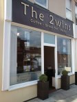 The 2wins cafe inside